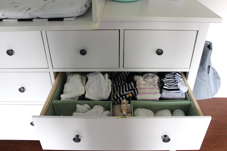 Babyzimmer möbel ikea  So kann ein Babyzimmer in Weiß-Blau-Türkis aussehen