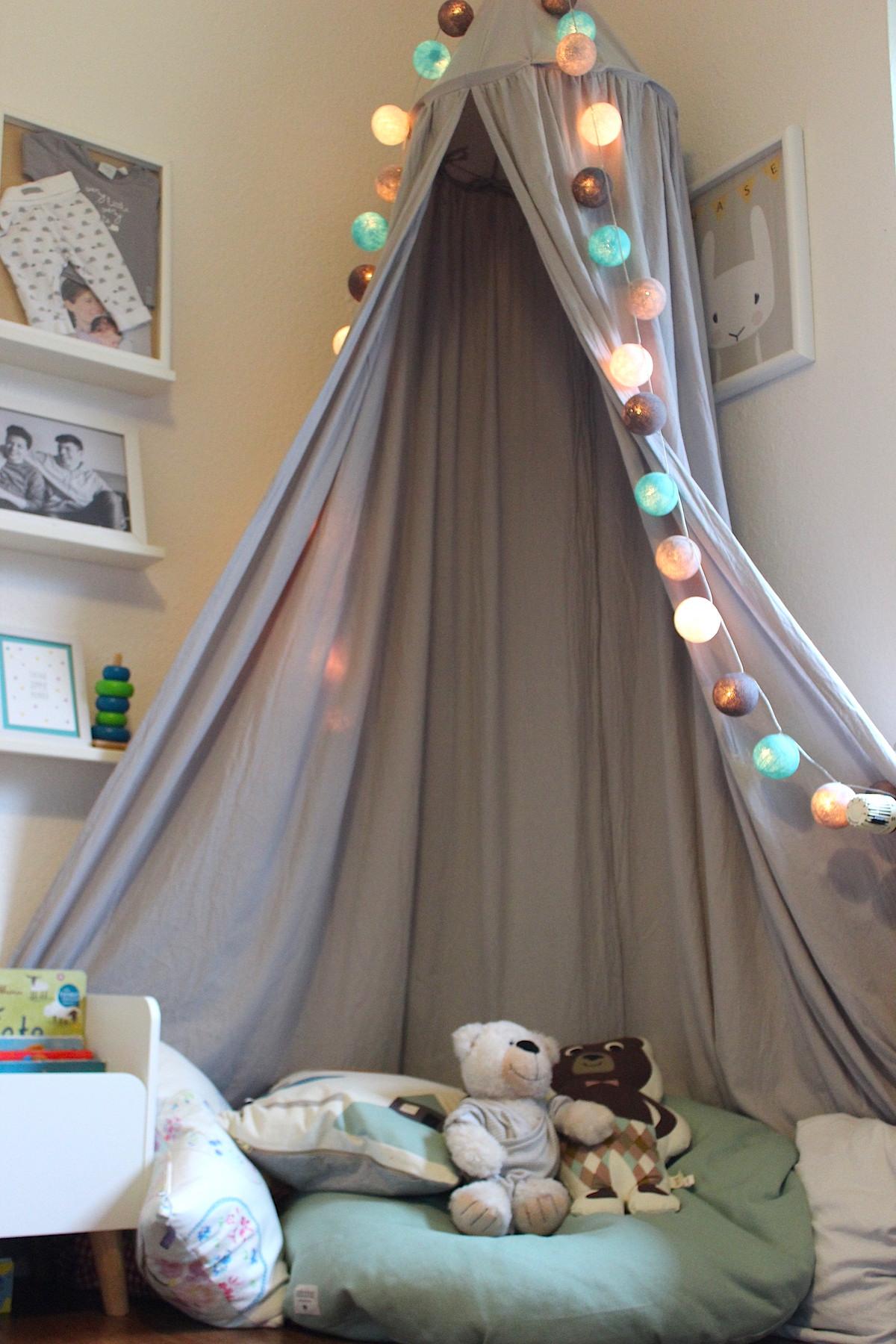 Leseecke im Kinderzimmer: Wo es sich Kleinkinder gemütlich ...